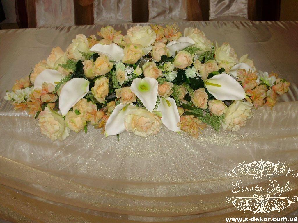 Свадебная композиция из искусственных цветов фото